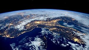 Özür Diledi: Uzaylılara Dünyanın Yerini Belli Ettik