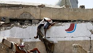 Savaş Uçakları Oteli Vurdu! Onlarca ölü ve Yaralı Var
