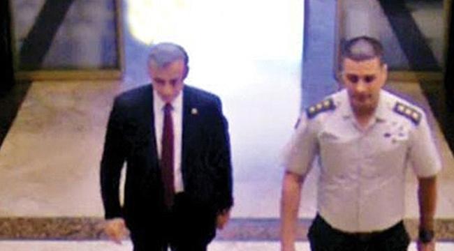 Şok İddia: FETÖ'nün Darbe Yapacağını 15 Temmuz'dan Birkaç Ay Önce AKP Milletvekiline İlettik