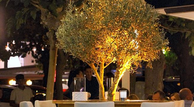 Noches Restoran Açıldı