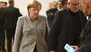 Almanya'da Görüşmeler Çöktü