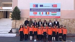 İlkokul Öğrencilerinden Avrupa Ayarında Proje