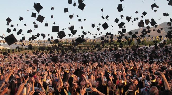 Üniversiteli İşsiz 55 İlin Nüfusunu Solladı