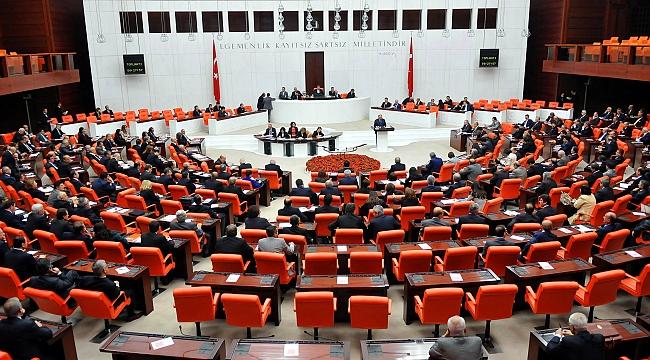 AKP-MHP ittifakı Meclis'te kabul edildi
