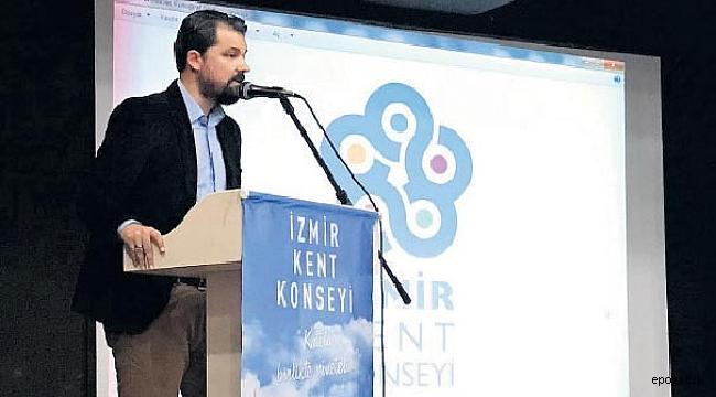 İzmir Kent Konseyi'nde İstifa Skandalı