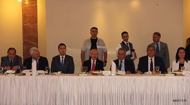 Kılıçdaroğlu İzmir Örgütüne Ne Mesaj Verdi?