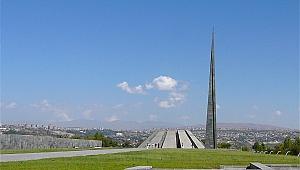 Köln'de Ermeni Soykırımı anıtı açıldı