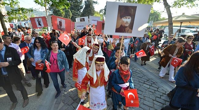 Mustafa Kemal, Foça'ya gelişinin 84. yılında anıldı