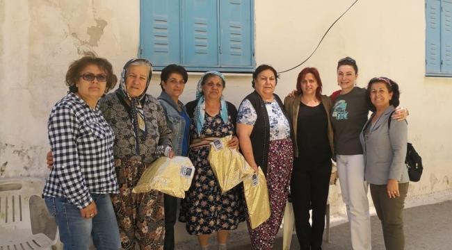 Bornova CHP Kadın Kolları, Anneler Günü' nde de Alanlardaydı