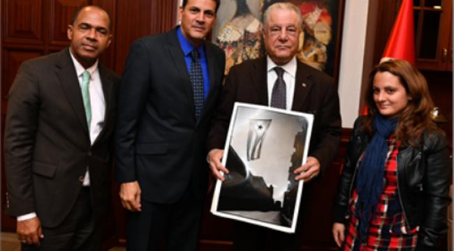 Küba Büyükelçisi ve Komünist Parti yetkilileri ziyareti