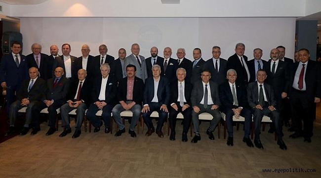 İzmirli Başkanlar, Nihat Zeybekci'yi Ağırladı