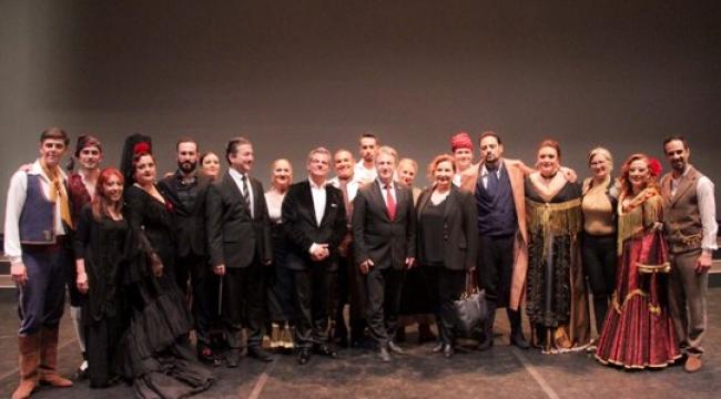 CHP Başkan Adayı İduğ'dan Opera Molası