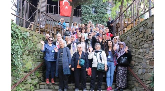 Karabağlar Belediyesi Şehit Ailelerini Unutmadı