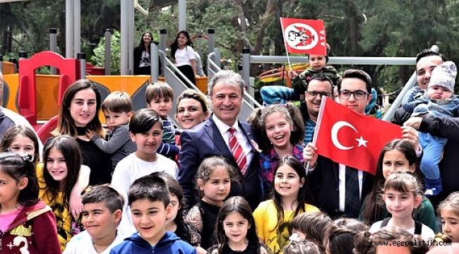 Başkan İduğ, Makamı Çocuklara Teslim Etti