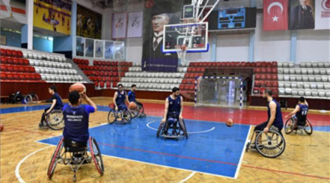 İzmir Büyükşehir Belediyesi Tekerlekli Sandalye Basketbol Takımı, İspanya'da Avrupa Ligi-3 Finalleri'ne Katılıyor