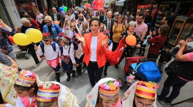Selçuk'ta 23 Nisan Çocuk Bayramı Farklı Bir Heyecanla Kutlandı