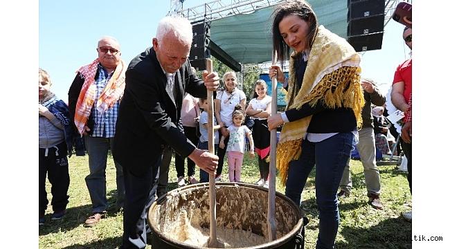 Şengel, Selçuk'u Türkiye'ye Örnek Gösterdi