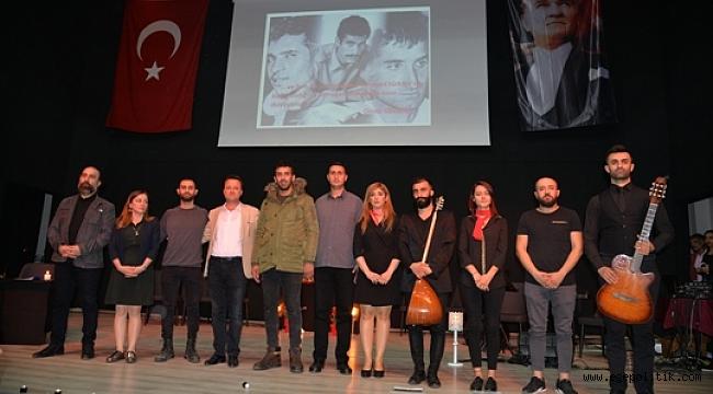 Başkan Aksoy 3 Fidanı  Şiirle Andı