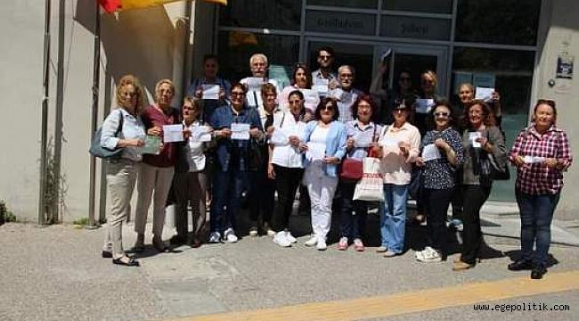 CHP Konak Gençlik Kolları ve Kadın Kolları'ndan İmamoğlu'na Destek