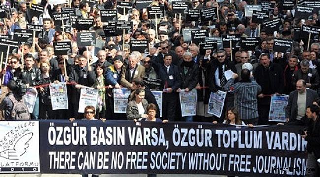 BDDK'nin Şikayetiyle 50 Gazeteci ve Yazara Dava Açıldı