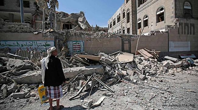 BM: Yemen'deki Çatışmalarda 2013'ten Bu Yana 7 Bin 500'den Fazla Çocuk Hayatını Kaybetti