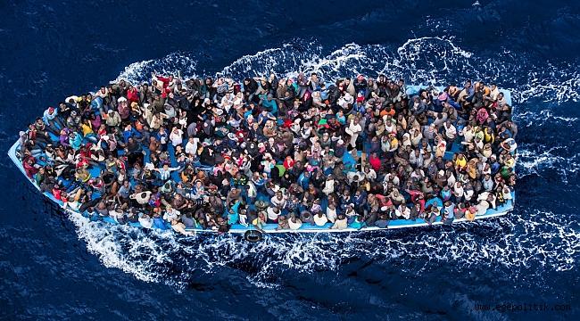 İzmir'de 44 Göçmen Yakalandı