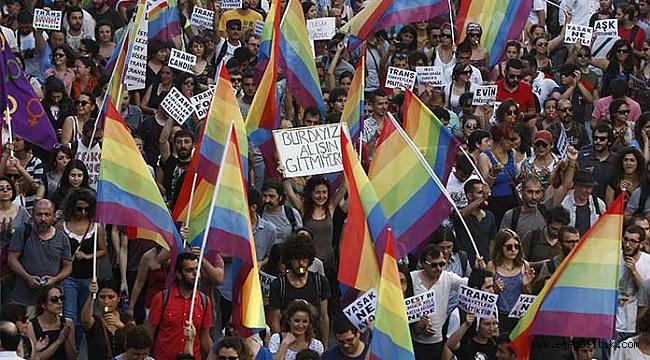 İzmir Valiliği, 7. İzmir LGBTİ+ Onur Haftası Etkinliklerini Yasakladı