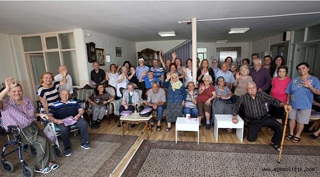 Karabağlar Belediyesi, Babaları Unutmadı