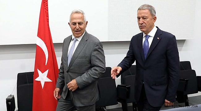 Milli Savunma Bakanı Akar, Yunan Mevkidaşıyla Bir Araya Geldi