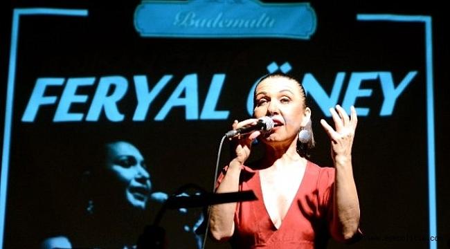 Şarkıcı Feryal Öney, İmamoğlu İçin Söyledi