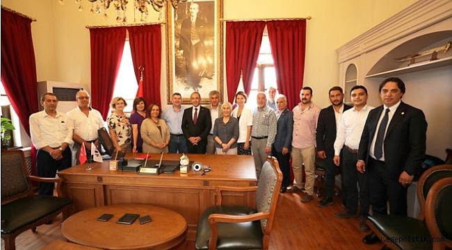 Yarımada Belediyeler Birliği Başkanlığı'na Burak Oğuz seçildi
