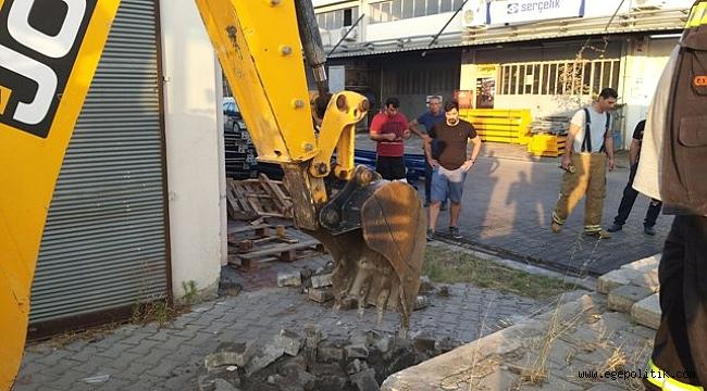 Çiğli'de Yavru Köpek 5 metre derinlikten kurtarıldı