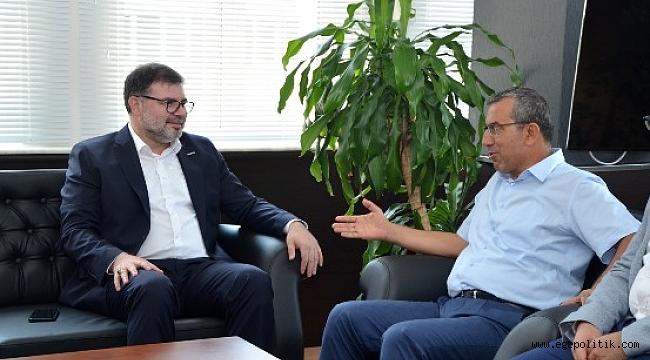 MÜSİAD İzmir Heyeti Ege Gümrük ve Dış Ticaret Bölge Müdürünü ziyaret etti