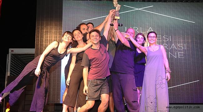 Urla'da 10 bin kişilik ziyafete 16 ödüllü kapanış