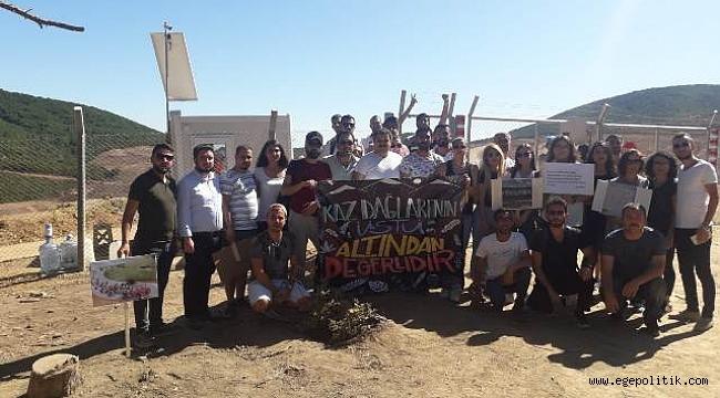 """CHP Konak İlçe Gençlik Kolları  """"Doların yeşiline değil DOĞANIN yeşiline sahip çıkmaya geldik."""