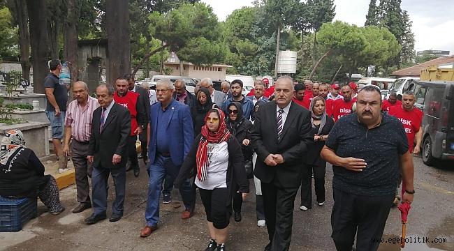 CHP'li Kani Beko, Ailesi ve Disk Genel-İş Ertan Andaç'ı Mezarında Andı