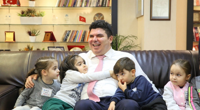 Buca'nın çocuklarından sevgi dolu ziyaret Çocuk Hakları Günü'nde renkli buluşma