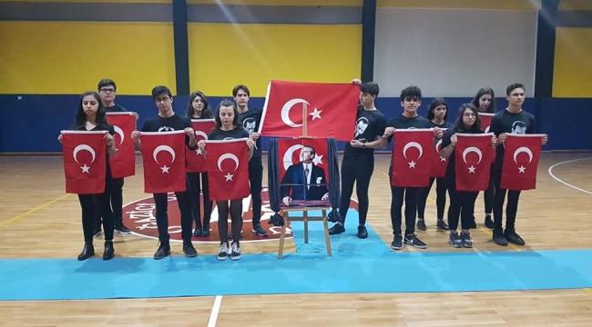Özel Bayraklı Boğaziçi Fen Lisesinde Atatürk Haftası
