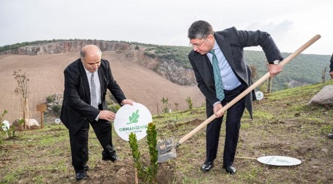 Berlinli Türk İş İnsanları İzmir Ormanlarını Unutmadı