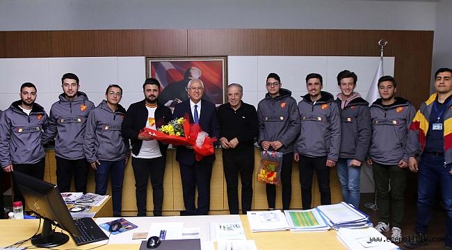 Başkan Selvitopu'na 'Göztepe' ziyareti