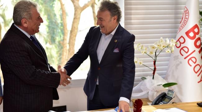 Bornova'da toplu sözleşme sevinci
