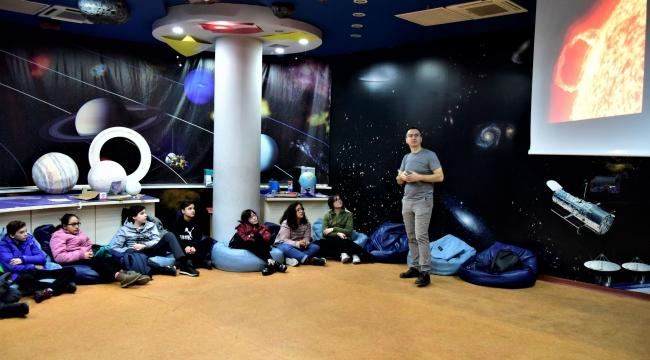 Bornova'dan Mars'a yolculuk