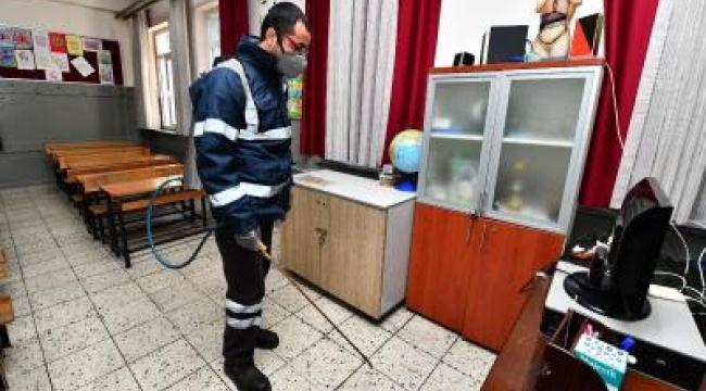 Büyükşehir okulları gribe karşı ilaçlıyor