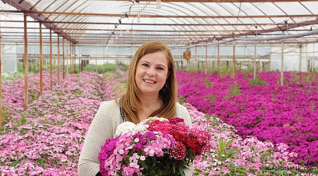 Balçova'da Hem anneler sevinecek, Hem de çiçek üreticileri