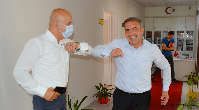 Başkan Yılmazlar ile CHP İzmir Milletvekili Mahir Polat Kestane Üreticilerinin Yanında