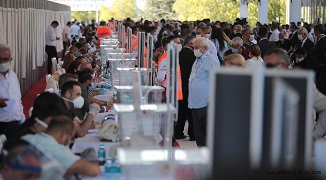 CHP' de Genel Başkanlık Seçimi Sonuçlandı