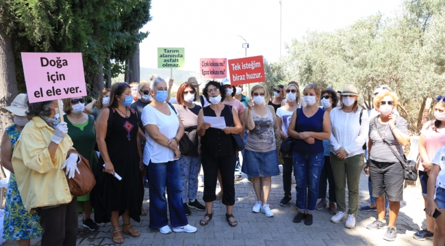 Güzelbahçe'nin CHP'Li Kadınları: 'İstanbul Sözleşmesi Kırmızı Çizgimizdir!'