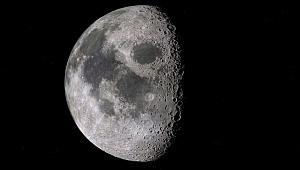 Ay yüzeyinde bulunan su heyecan yarattı