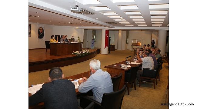 Selçuk' ta AKP ve MHP