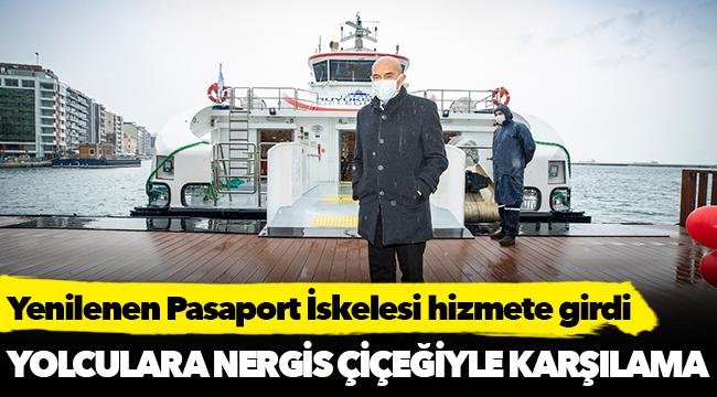 Başkan Soyer ilk yolcuları Karaburun nergisiyle karşıladı